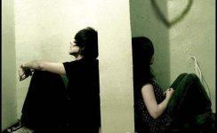 Minciuni între pereți